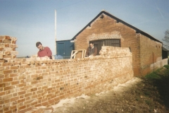 Brickwork-Wall-Workers